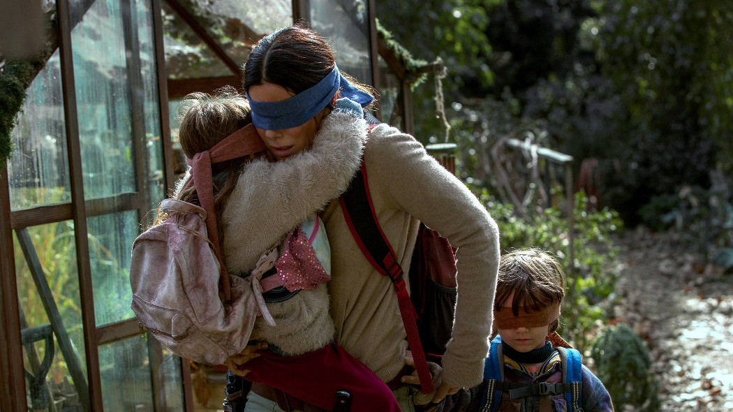 BIRD BOX: SFIDE IN AUTO A OCCHI BENDATI