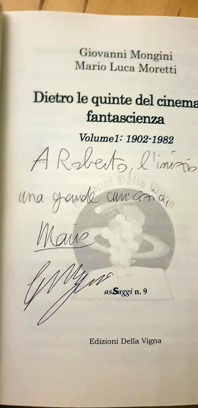 Il primo autografo è stato per Roberto Azzara