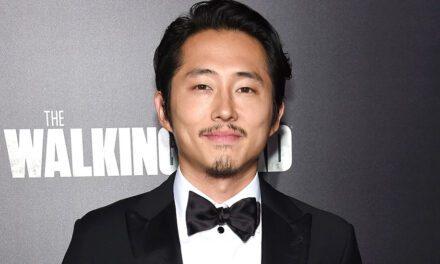 Steven Yeun riflette sul suo (defunto) personaggio in Walking Dead